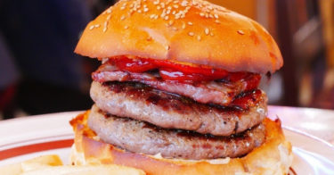 【保存版】ハンバーガーはファストフードだなんて誰が言った?東京の贅沢ハンバーガーのお店、7店舗を食べ歩いてみました。