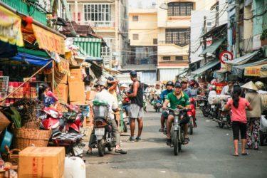 【ホーチミン】そこでも僕は、知らず知らずのうちにアジアの色彩に惹きつけられて、レンタルバイクでベトナムを回った。